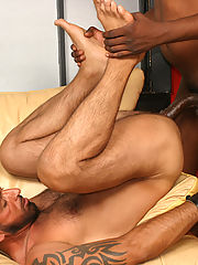 Strong interracial gay couple blowjob assfuck jerk